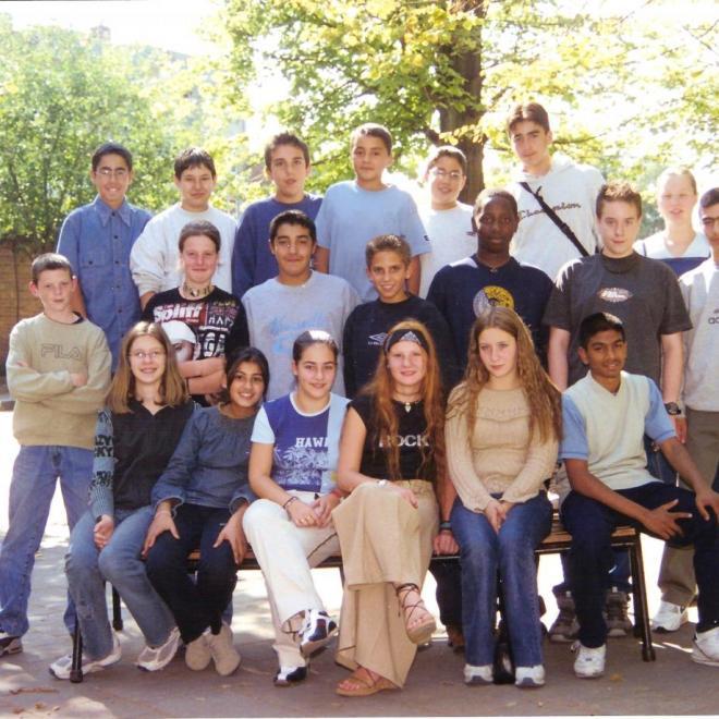 1. 2E 2003-2004